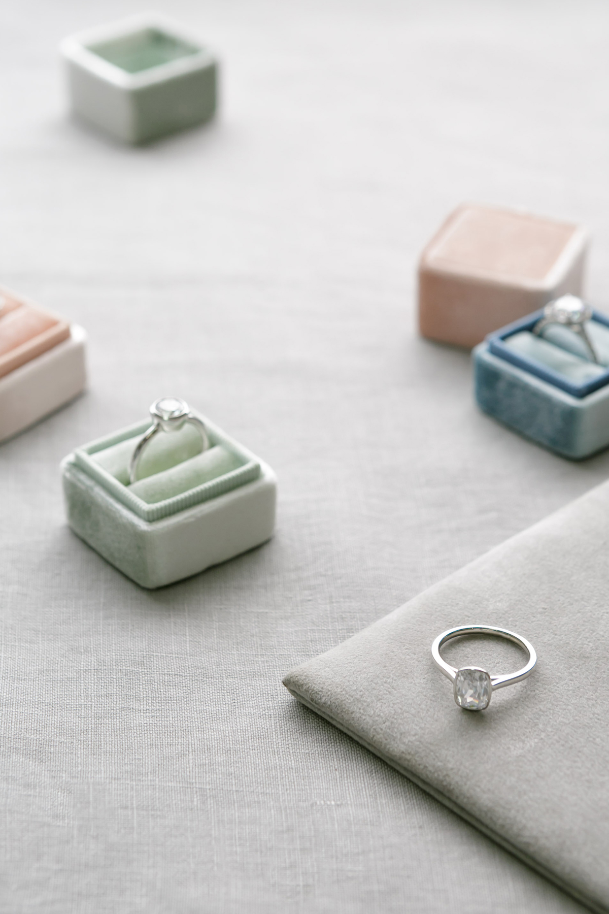 diamond engagement rings via @citysage
