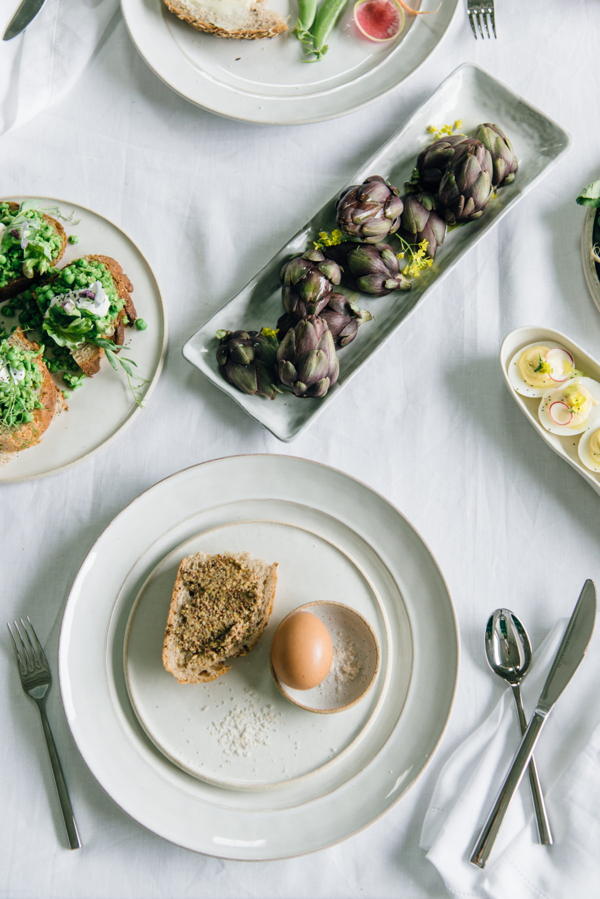 seasonal menu + spring brunch table setting via @citysage
