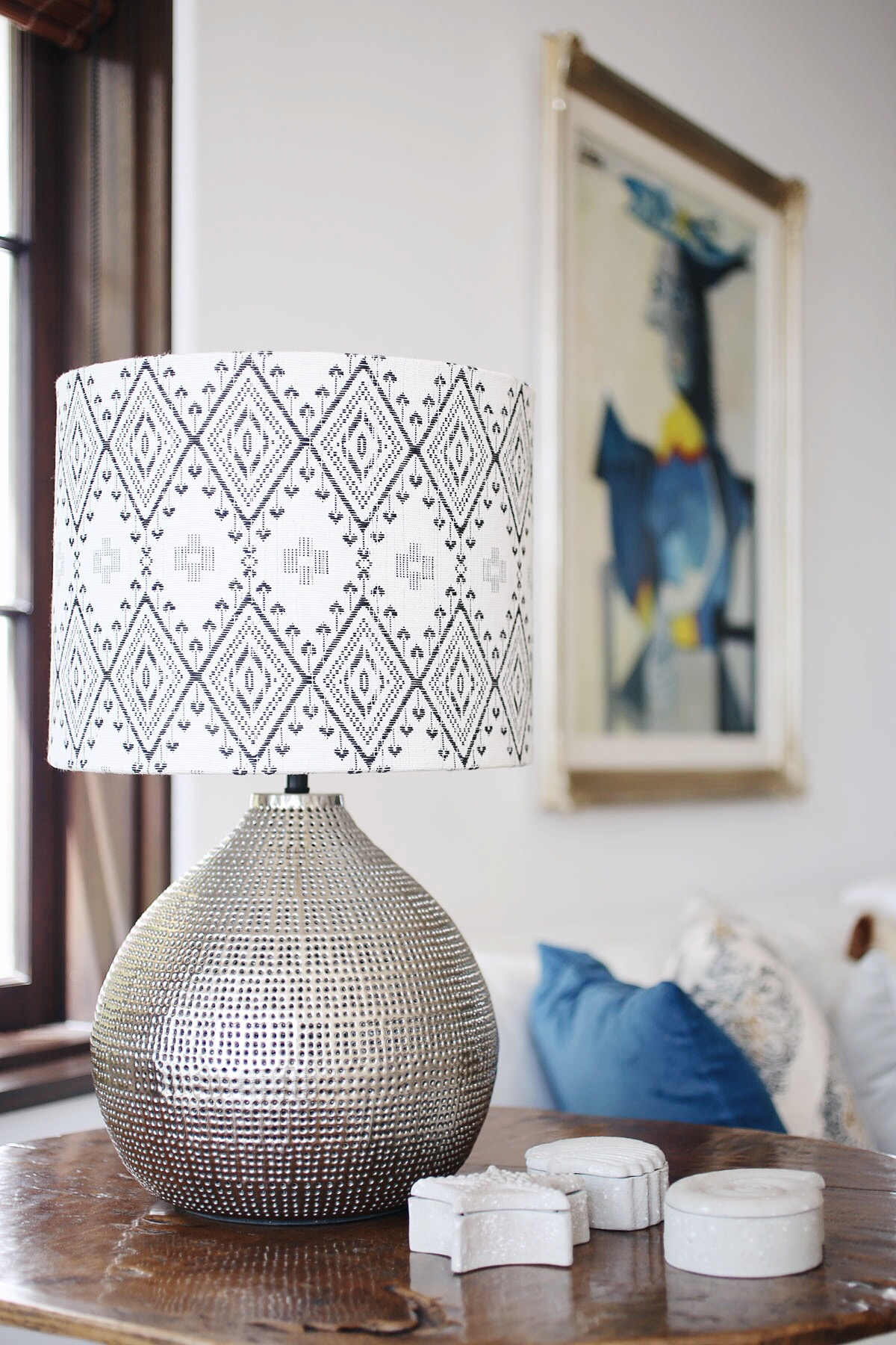 boho lampshade and metallic table lamp via @citysage