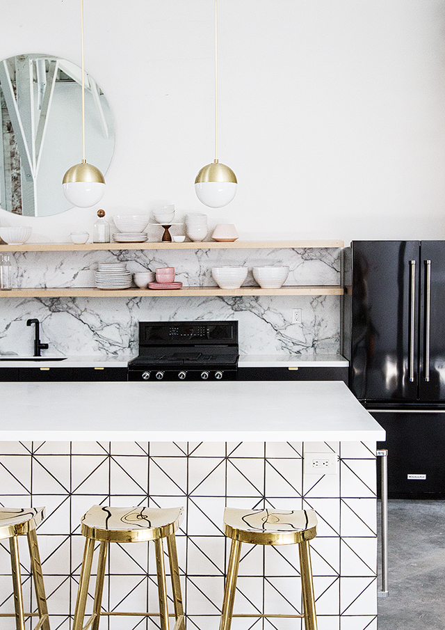 black and white kitchen with open shelves