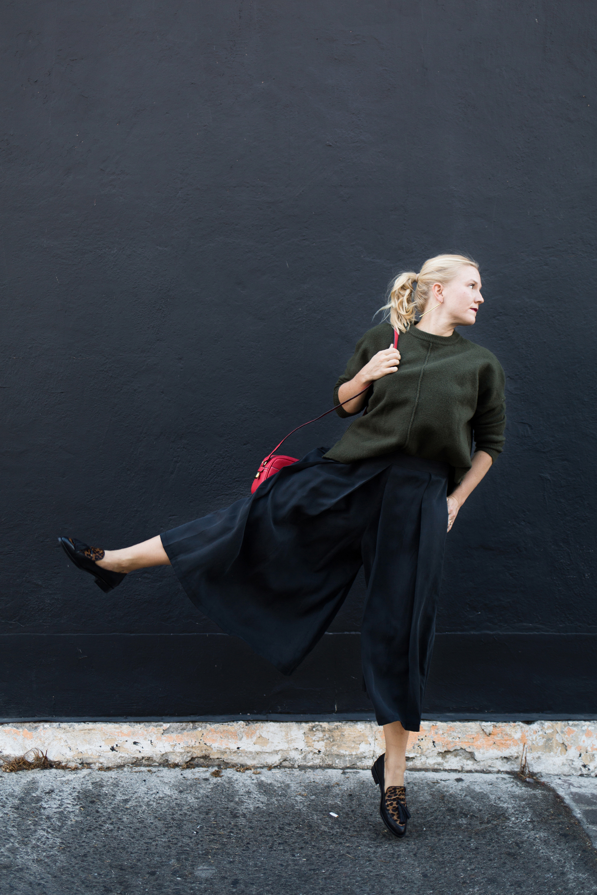 culottes + oversized sweater for fall // anne sage