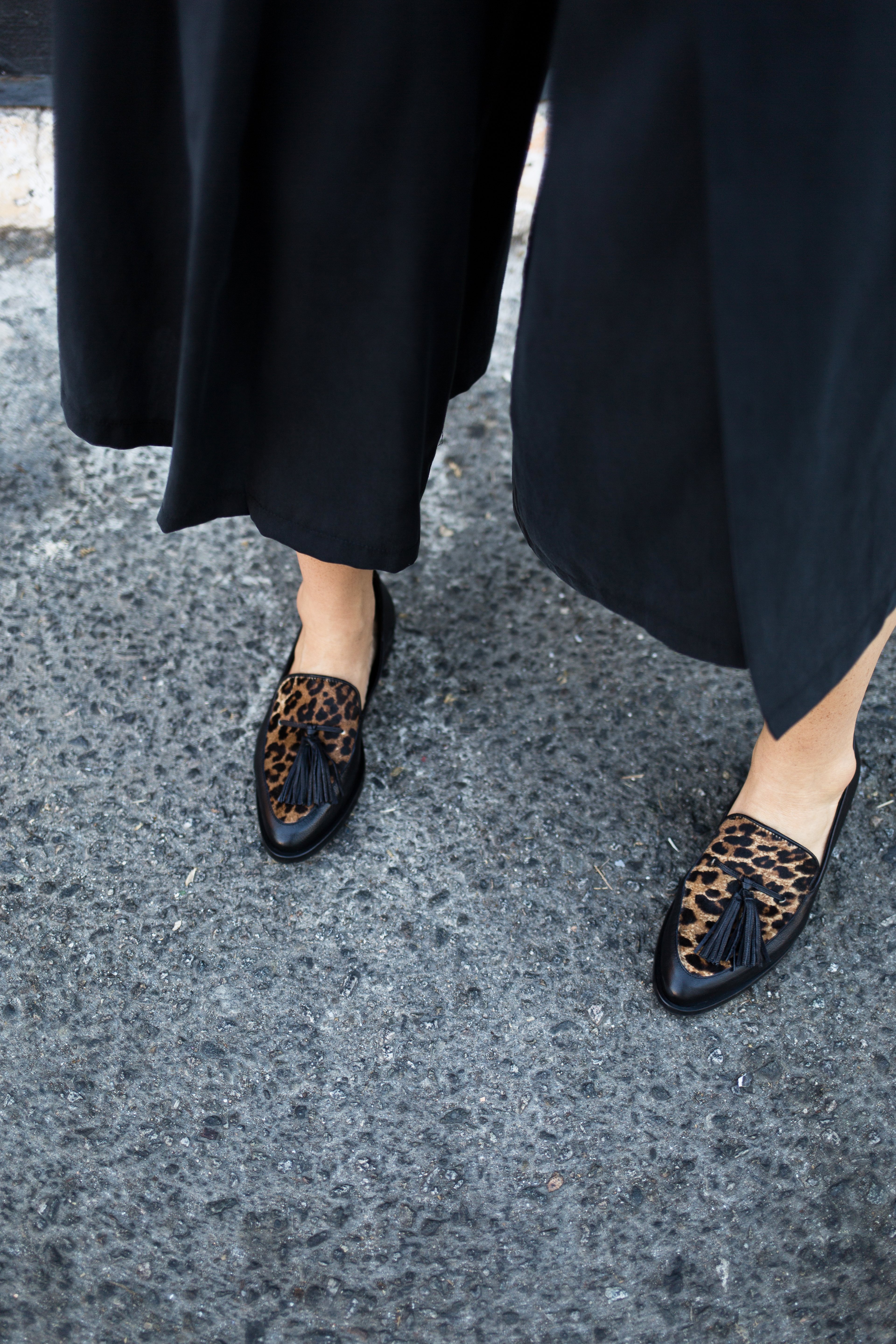 all about animal print for fall! tasseled leopard loafers with culottes // anne sage