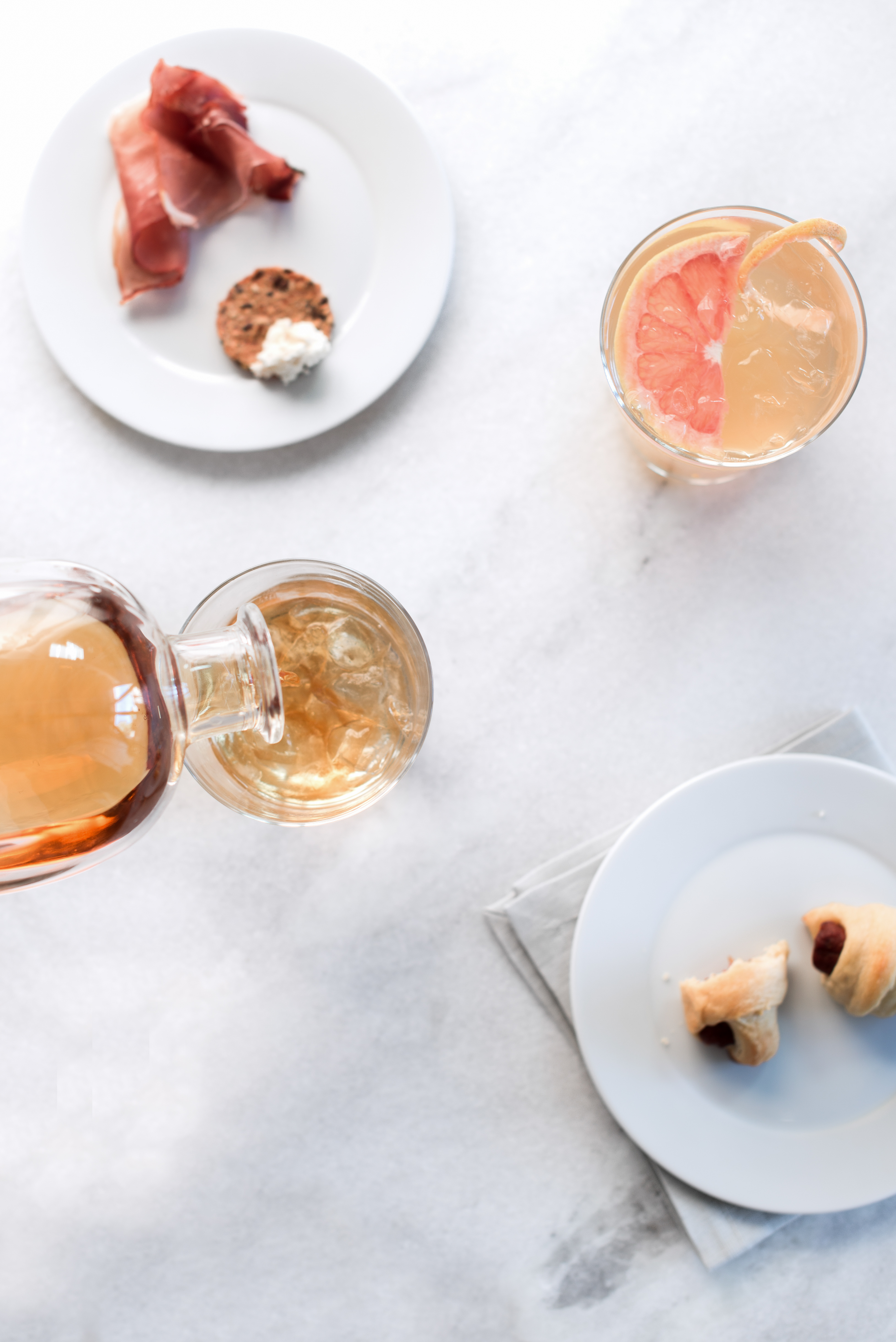 grapefruit + champagne whiskey cocktail recipe // girls' night in with a whiskey tasting and cocktail party // anne sage